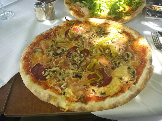 Trattoria Italiana: Pizza Caprichiosa