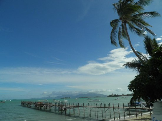 Punnpreeda Beach Resort : Playa del hotel