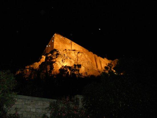 Acropole : Acropoli notturna vista dalla Plaka