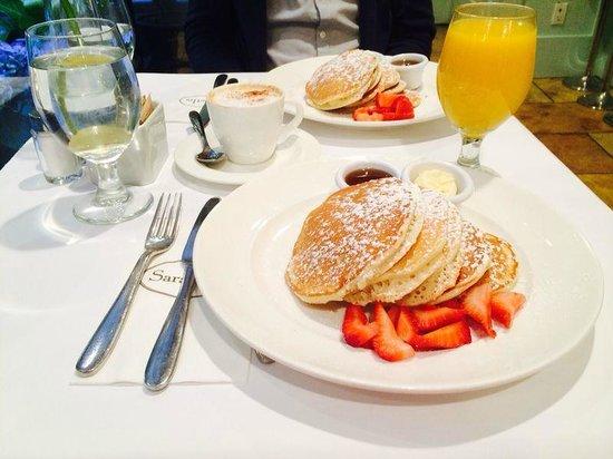 Sarabeth's Central Park South : Pancakes