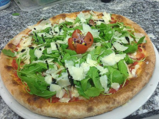 Dolce Vita Chez Jpetto : Pizza Campagnola