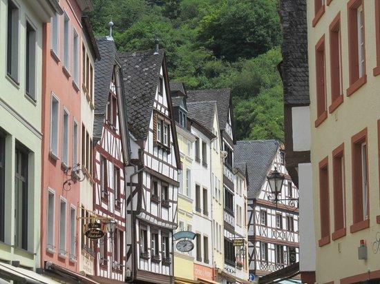Mittelalterlicher Marktplatz: Another alley