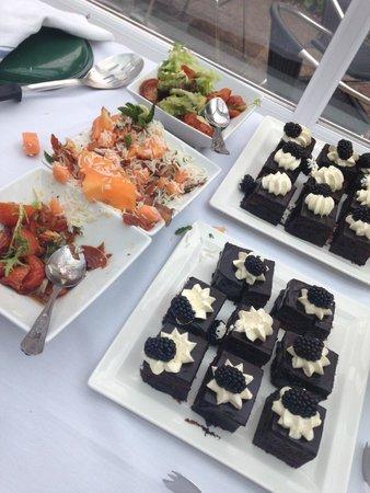 Best Western Stafford M6/J14 Tillington Hall Hotel: Delicious buffet lunch