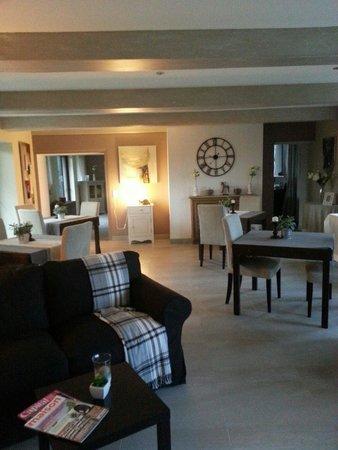 salon picture of manoir de la campagne yebleron tripadvisor. Black Bedroom Furniture Sets. Home Design Ideas