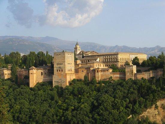 Mirador de San Nicolas: アルハンブラ宮殿