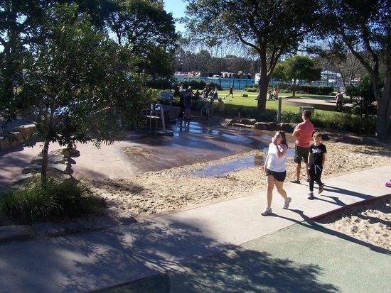 Speers Point Park: Water Play Ground