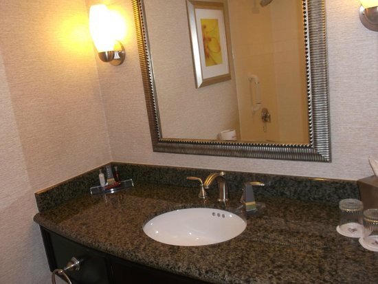 Boston Marriott Copley Place: bathroom