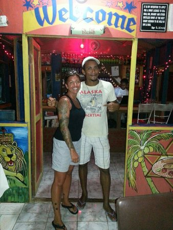 Murphy's West End Restaurant: Best food in negril! Great service!  Lobster is a must!