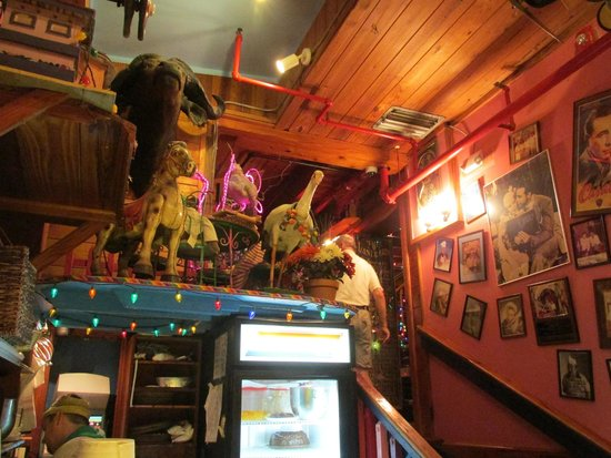 The Bubble Room Restaurant : Decor