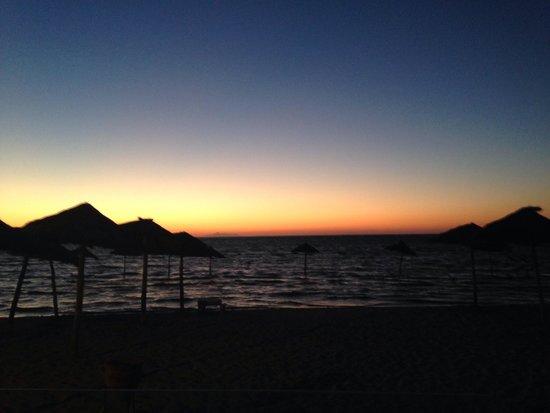 SENTIDO Rosa Beach : Beach sunset view