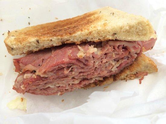 Mac's Kosher Style Delicatessen: !/2 Pastrami Sandwich on Rye (take out)