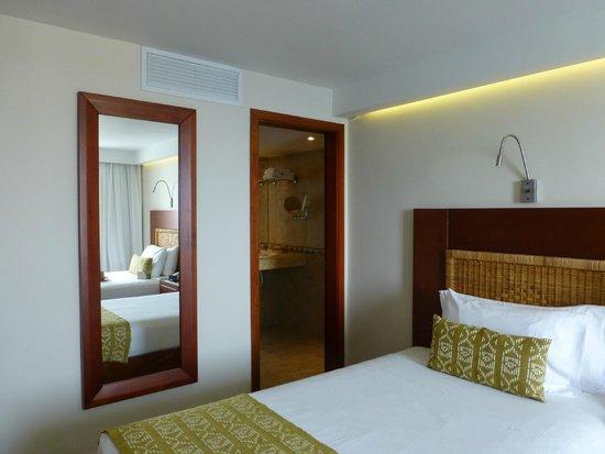 Hotel Dann Cartagena: HABITACION