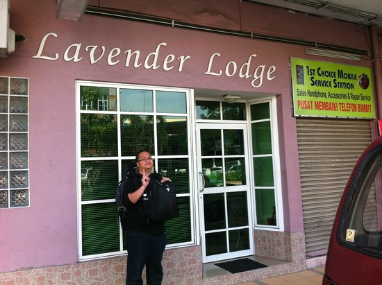 Lavender Lodge: The entrance of the lodge ...