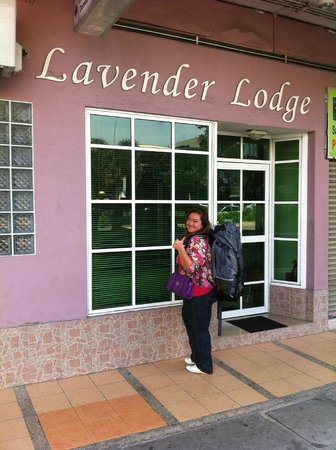 Lavender Lodge: the entrance if the lodge