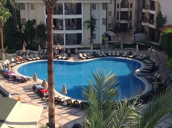 Club Anastasia: view from our room 915
