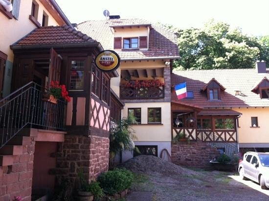 Hotel Restaurant Gimbelhof : Hotel  Gimbelhof