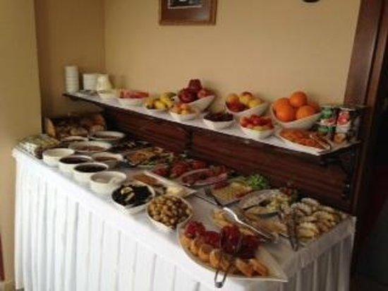 Osmanhan Hotel: breakfast