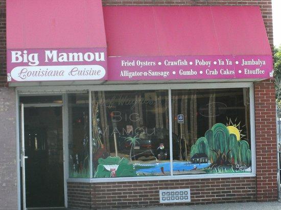 Chef Wayne's Big Mamou: Very interesting decor