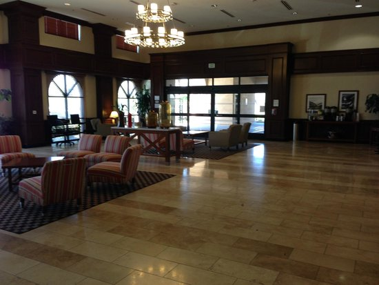 Four Points by Sheraton Ontario-Rancho Cucamonga: Lobby