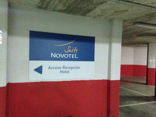 Novotel Suites Malaga Centro: Parking subterraneo