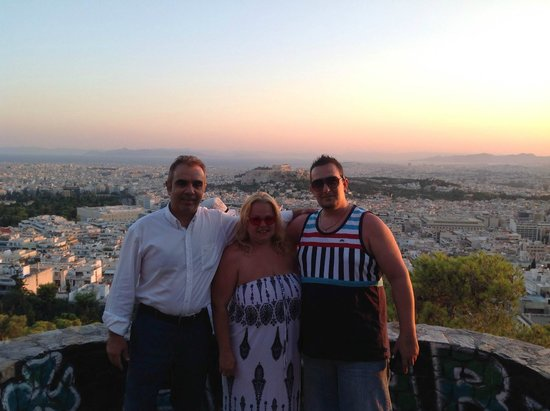 Athens Taxi  Private Day Tours - Andreas: Overlooking Athens with Andreas