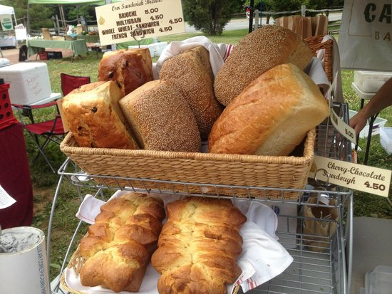 Old Salem Museums & Gardens: Bread at the Farmer's Market