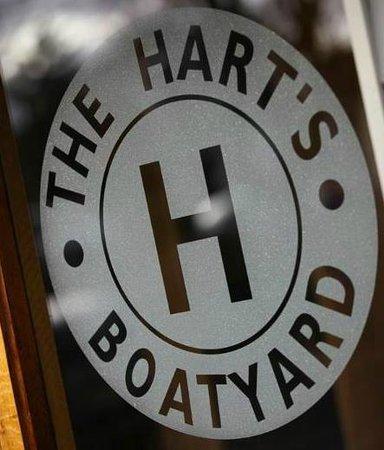Harts Boatyard : The Hart's Boatyard