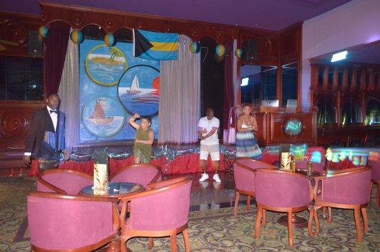 Hotel Riu Palace Paradise Island: bar