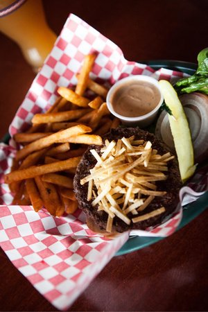 Mustang Lounge : Mustang Burger with potato sticks