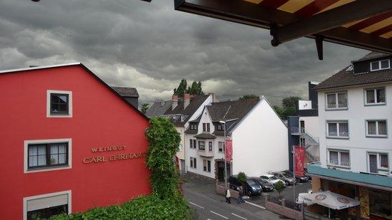 Rüdesheimer Hof: View from Balcony during the worst Lightening/Thunder shower of my lifetime