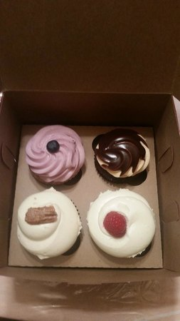 Lavender Moon Cupcakery : Flavorful