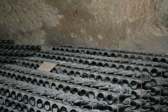 Veuve Clicquot-Ponsardin: Clicquot caves