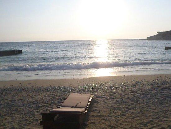 Pine Bay Holiday Resort: beach