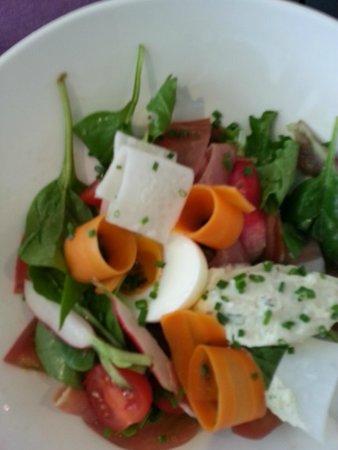 L'Aromate: Salad - Serrano Ham