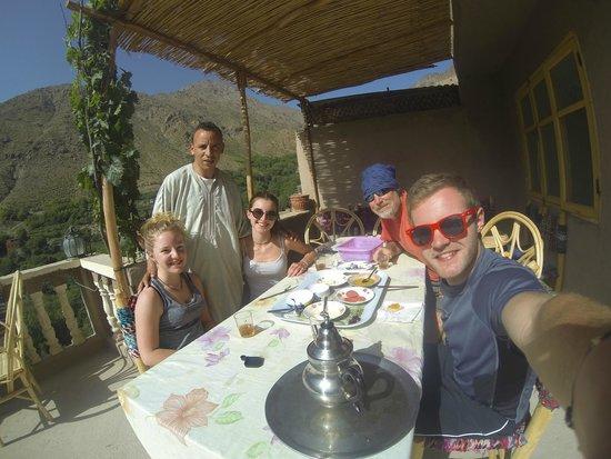 Gite Atlas Mazik: Breakfast on the Balcony