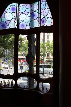 Casa Batlló: Main Floor window
