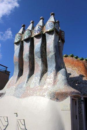 Casa Batlló: Chimney and smoke vents