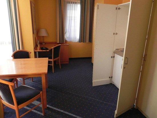 Park Hotel Blub Berlin: Zimmer/Suite