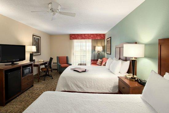 Hampton Inn & Suites Outer Banks / Corolla: 2 Queens Standard Room - No View