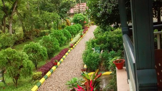 Aranya Jungle Resort: Garden View From Balcony Of Super Duluxe