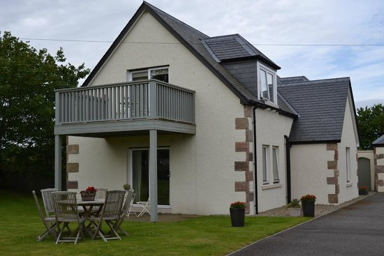 Sandown House B&B: This is the new building