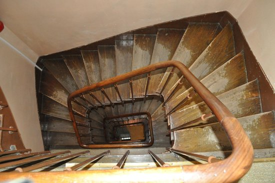 Mary's Hotel : stair case