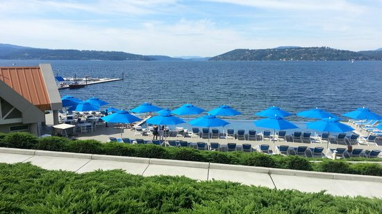 The Coeur d'Alene Resort: Pool at Golf Course resort