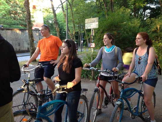 Mike's Bike Tours: Enjoying a stop and learning about Universities.