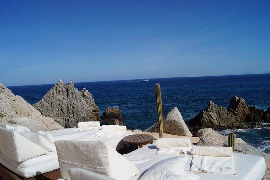 Hacienda Encantada Resort & Residences: Camastros