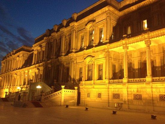 Ciragan Palace Kempinski Istanbul: Der Palast