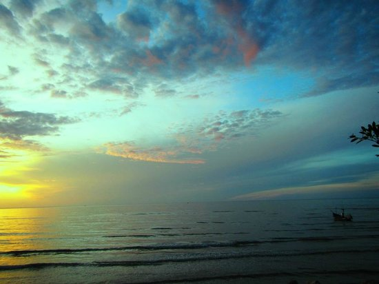 Devasom Hua Hin Resort : Morning sky 18