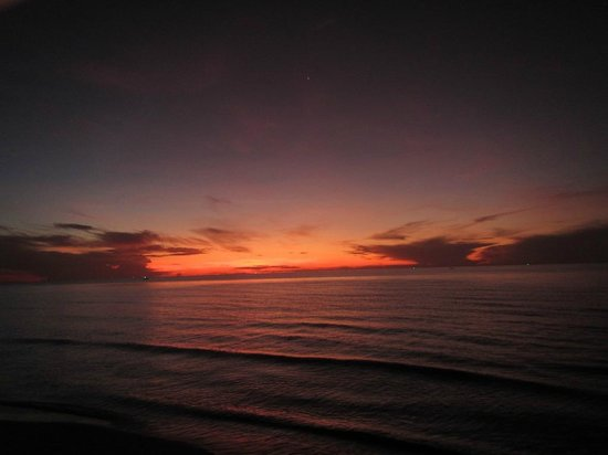 Devasom Hua Hin Resort: Morning sky early pre dawn