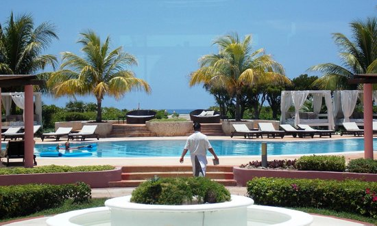 Melia Buenavista: The main pool