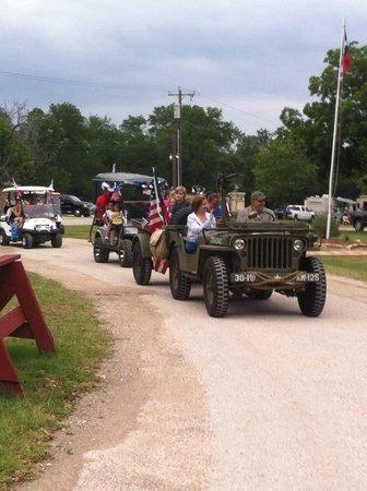 Tres Rios RV & Campground: Golf Cart parades on major holiday events.